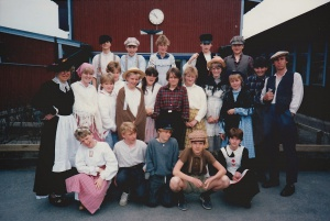 Gammaldags skoldag på Månsarpskolan 1985.