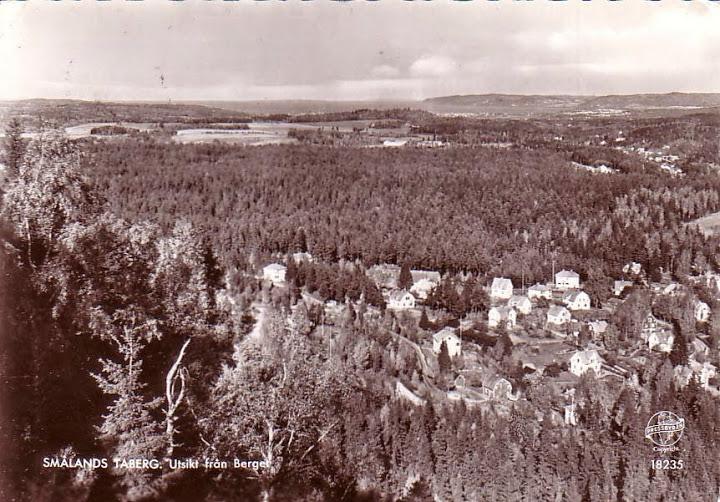 """Förlag: Pressbyrån Nummer: 18235 År: 1957 Stämpel: Otydlig Adressat: Syskonen Sjöberg, Box 91, Ätran Text: """"Hälsningar Far"""""""