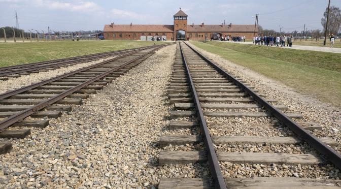 Tankar efter Auschwitz